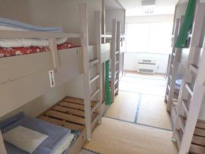 ベッド室(8人タイプ)